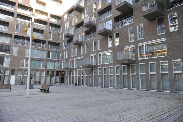 Amsterdam, Westerdoksdijk 411-421